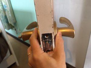 鍵付きレバーハンドルの交換