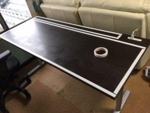 机・デスクの天板のDIY